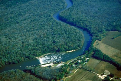 Lock and Dam No. 1 on the Cape Fear River is near Riegelwood. Photo: Army Corps of Engineers
