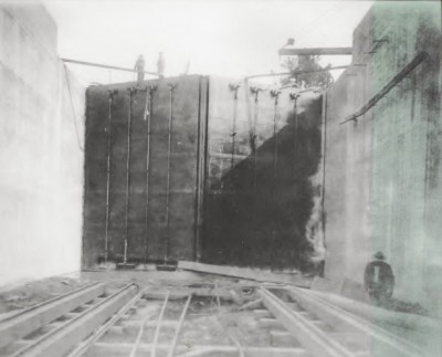 Lock and Dam No. 2 is shown as it appeared on Sept. 30, 1916. Photo: Army Corps of Engineers