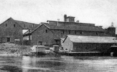 The Navassa Guano Fertilizer Co., shown here, operated on the Cape Fear riverfront. Photo: New Hanover County Public Library, Dr. Robert M. Fales Collection