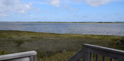 An upstairs deck provides a view of the Roanoke Sound. Photo: Ashita Gona.
