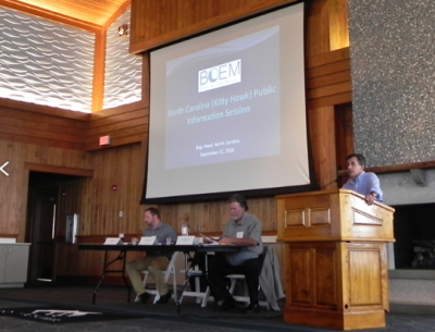 Bennett Brooks of Consensus Building Institute opens the session. Photo: Rob Morris, Outer Banks Voice