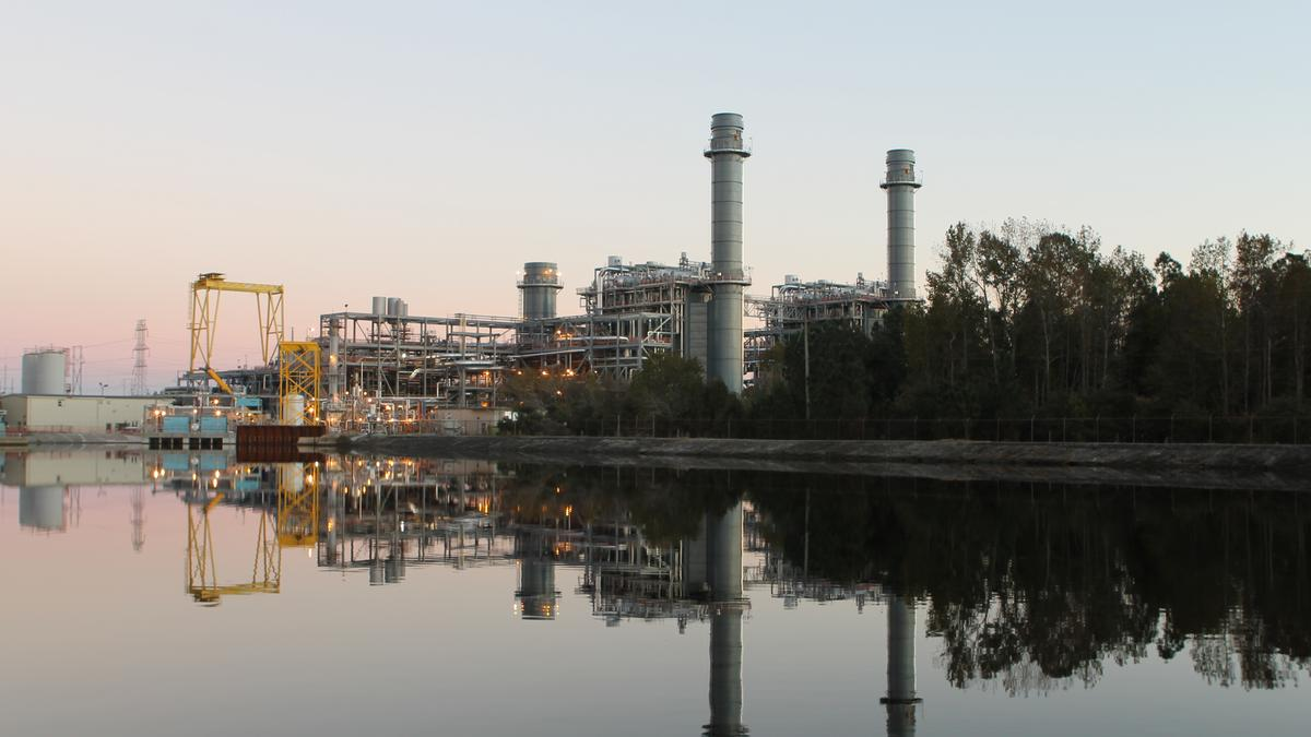 Duke Energy's 625-megawatt Sutton natural gas combined-cycle plant in Wilmington came online in 2013 and reduced air emissions compared the 575-megawatt coal plant it replaced. Photo: Duke Energy